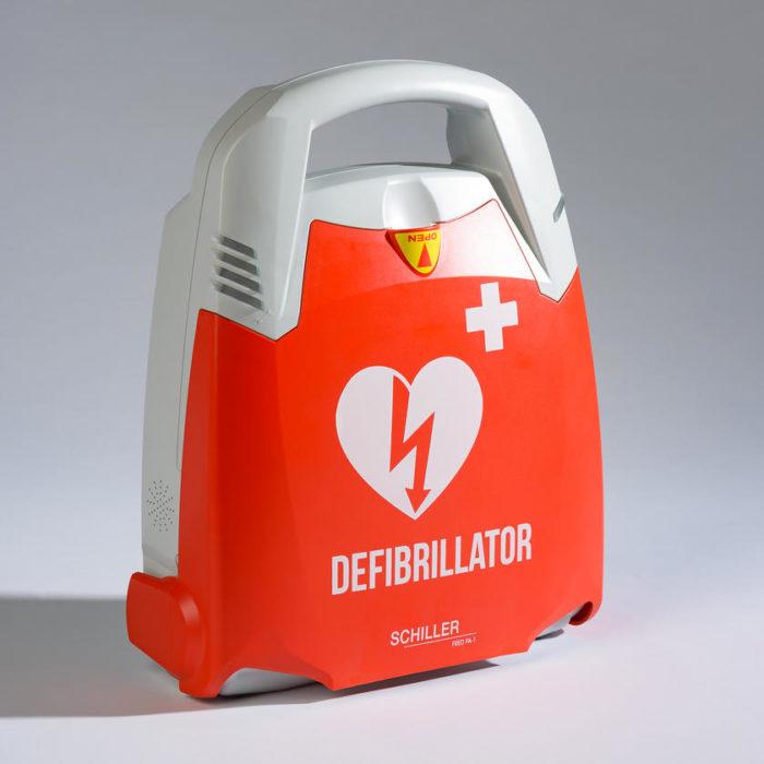 Un défibrillateur automatique (DAE) au Centre Boax (Lyon)